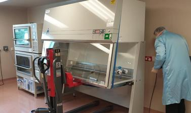 Collecting COVID Glass Safety Cabinet