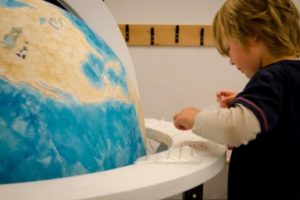 Renaissance Globe Event at the Ashmolean: a family-friendly drop-in: wood, leather & lacquer 5