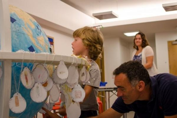 Renaissance Globe Event at the Ashmolean: a family-friendly drop-in: wood, leather & lacquer 9