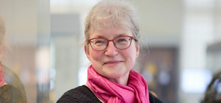 Dr Silke Ackermann Director History of Science Museum