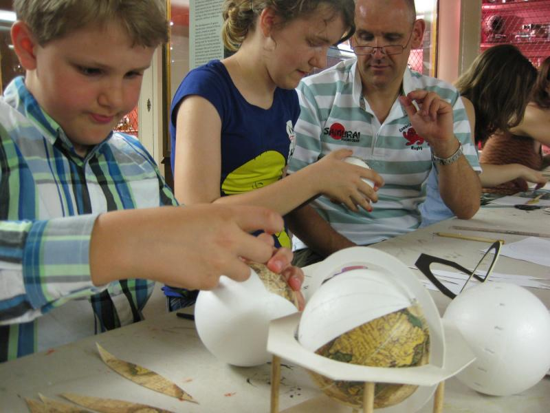 renaissance globe exhibition family workshop